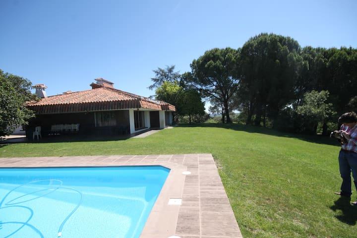 Casa de Campo El Rivero : Piscina - Jaraíz de la Vera - Hus