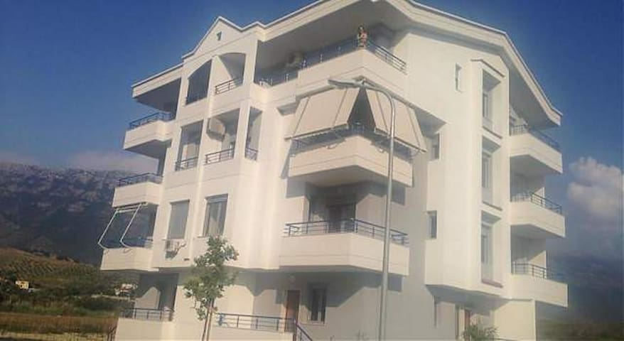 Rradhima Beach Apartment - Radhimë - Departamento