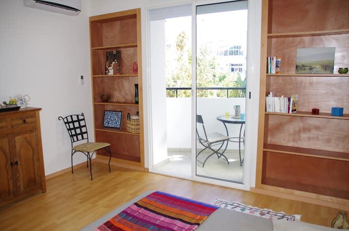 Chambre avec terrasse, douche et WC