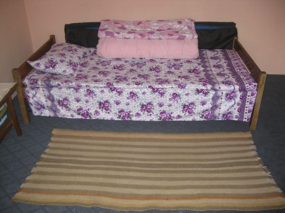 direct view of single bed.