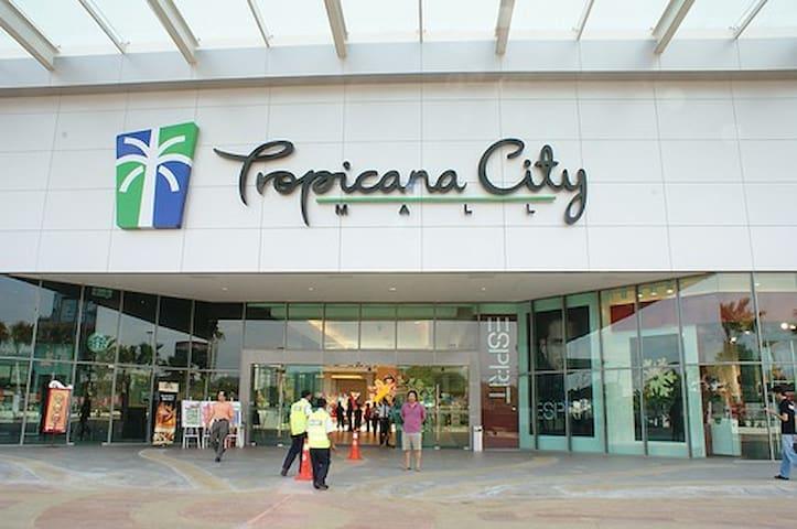 Small room 1 Tropicana city mall