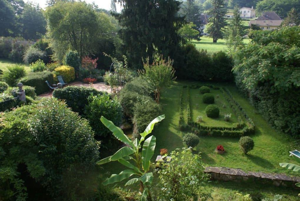 oasis de verdure à 2 pas du centre ville et des Thermes