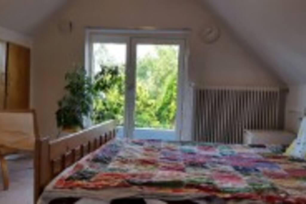 Værelse med 2 senge 180x200 og 70x200