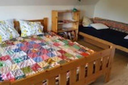 1 værelse i villa på 1 .sal - Rødovre