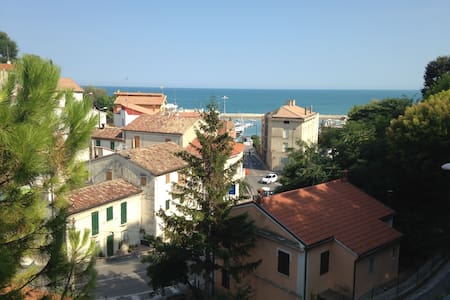 Cosy flat with postcard view of sea - Numana - Appartamento