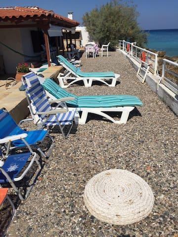 A village house with  private beach - Paralia - Talo