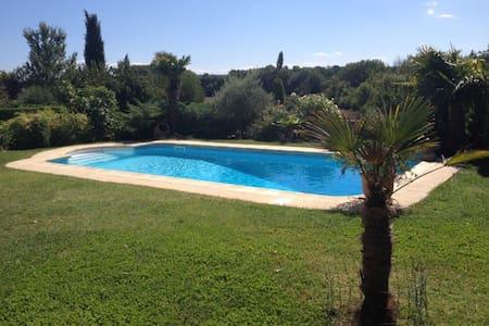 Villa à la campagne de 125 m2 - Aix-en-Provence - Villa