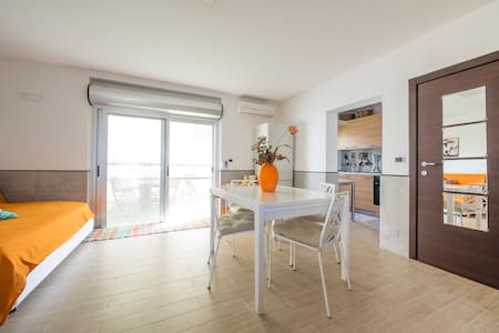 Gargano appartamento sul mare - Ippocampo - House