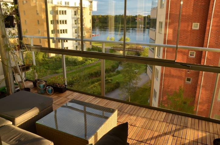 Rum i 3:a med optimalt läge! - Umeå - Appartement