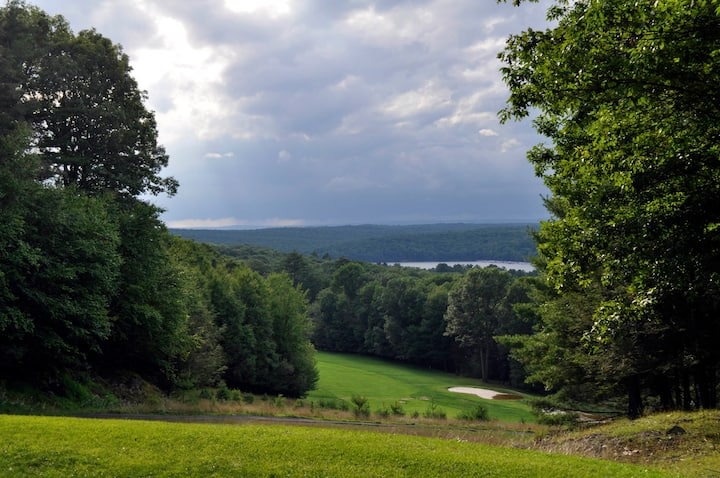 Paupack Lodge A Perfect Fall Escape