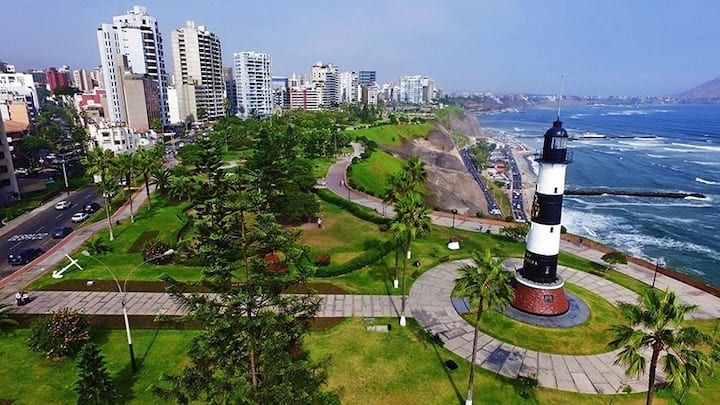 Hospedaje con Tradición Miraflorina en Lima Perú.