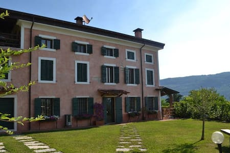 Old Villa in Valpolicella (2 rooms) - Negrar