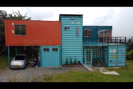 Amazing house in containers - Santa Elena,Antioquia, CO