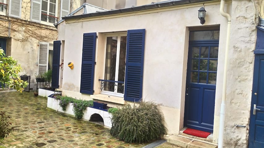 Comfortable townhouse in the heart of Paris | 2P - Paris - House