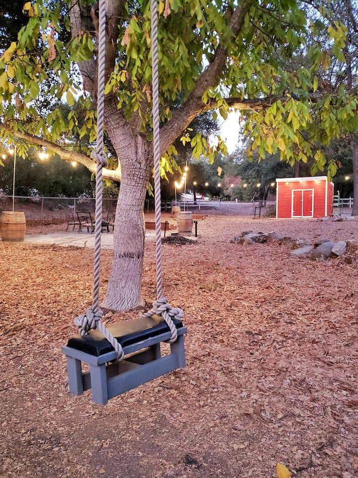 Blue Oak Ranch - Wine Country Retreat w/ Disc Golf