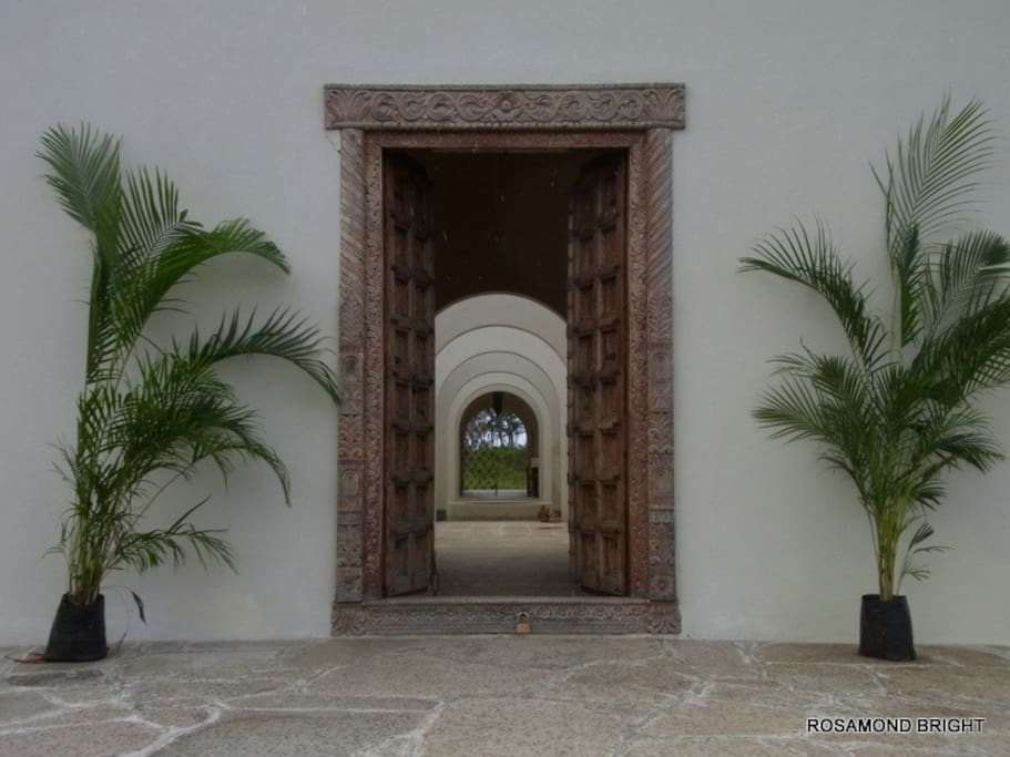 The front door looking through the courtyard to the sea