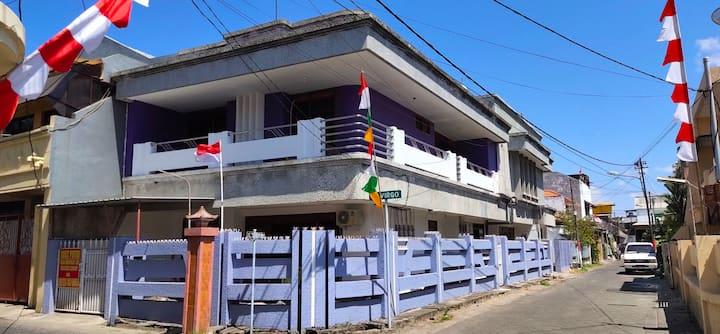 Gaharu Cosy Vintage Homestay