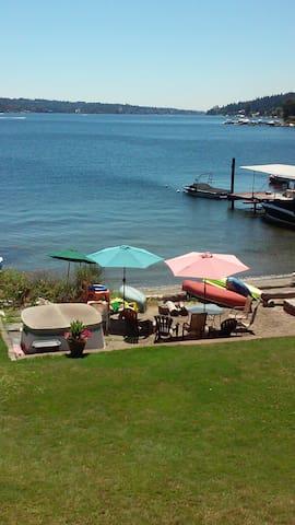 Waterfront on sandy Beach on Lk WA. - Mercer Island - Apartamento