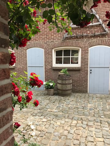 Charming little cottage / Maastricht Area