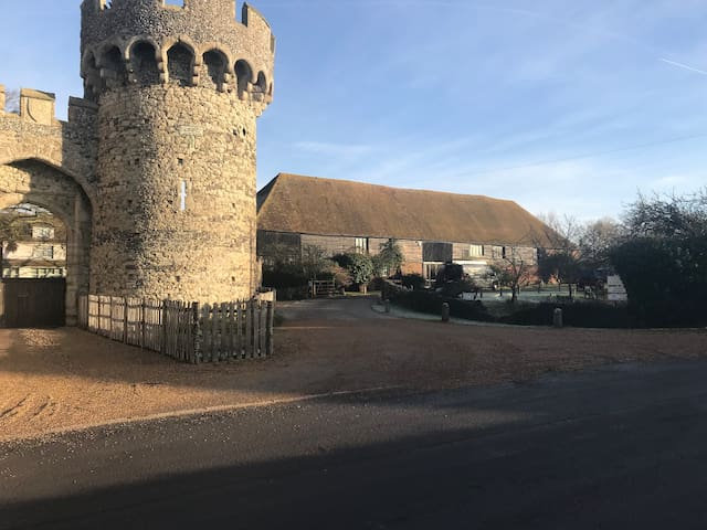 Cooling Castle Barn Wedding Venue 0.9 miles away