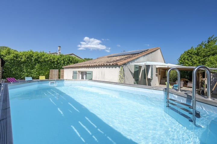 Boutique Villa in Sommières with Swimming Pool