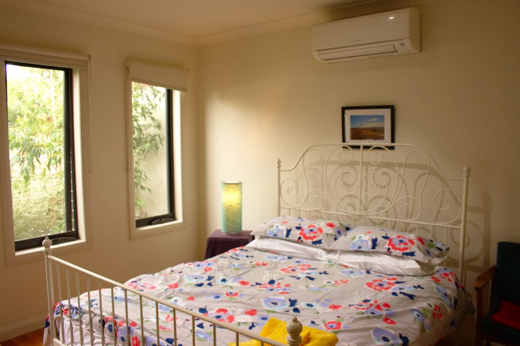 Bed with Air Conditioner
