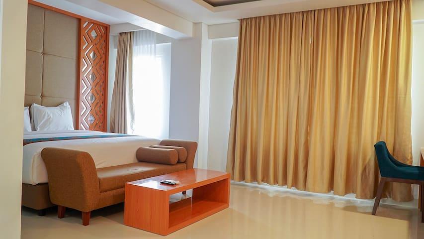 Deluxe Room at Lombok Vaganza Hotel No.003