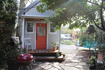 Portland Suburbs Tiny House