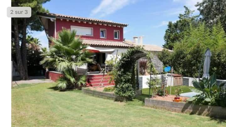 VILLA + CHALET 3 CHAMBRES proches plages