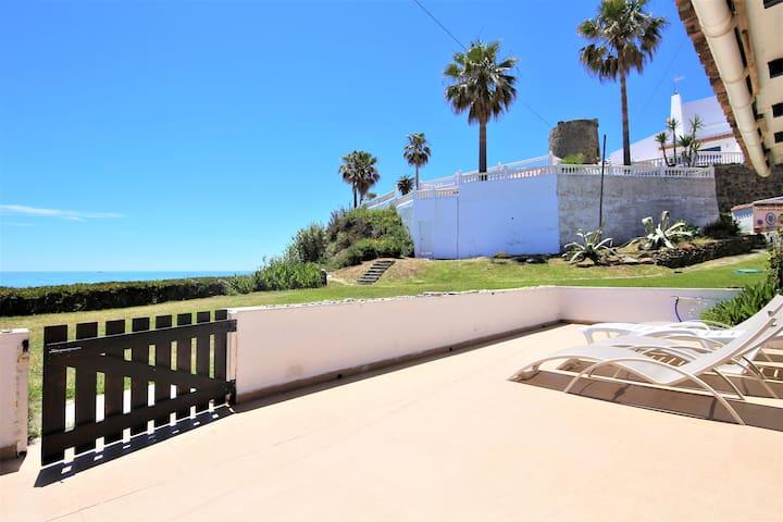 Estepona Beachfront Townhouse SEASCAPE