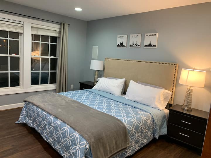 """Private  Suite Near Metro W/ Parking"""" close to DC"""""""