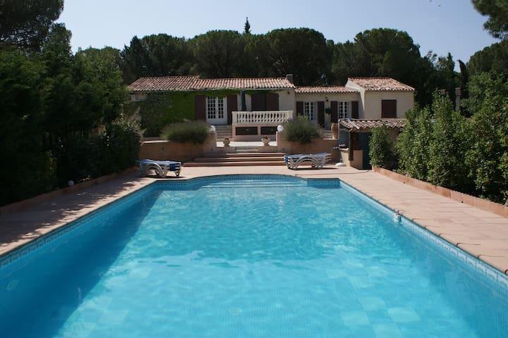 Villa Foncabrette - Vidauban - House