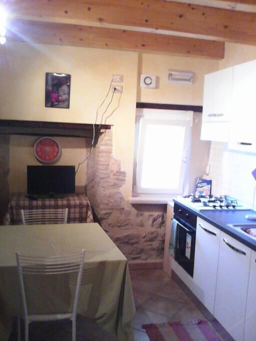 Cucina - salotto 2