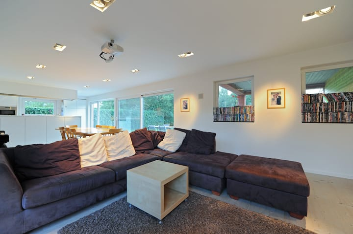 Very Spacious Modern House in perfect condition!