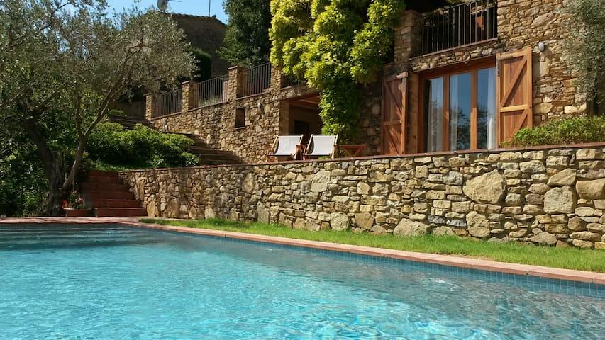 Casa rústica en Madremanya / Girona - Madremanya - Dom