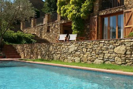 Casa rústica en Madremanya / Girona - Madremanya