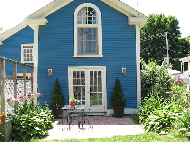 Salem/Beverly, Barn by the Harbor, cozy get away! - Beverly