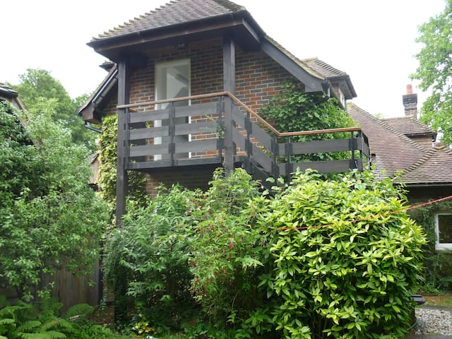 West Sussex Glorious Garden Apt.  - Rudgwick - Apartemen