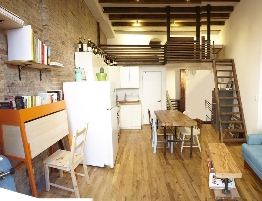 Cute sunny loft space williamsburg loft in affitto a for Loft new york affitto