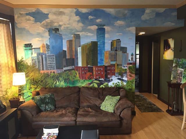Urban Forest Hideaway, Downtown Minneapolis Apt. - Minneapolis - Apartamento