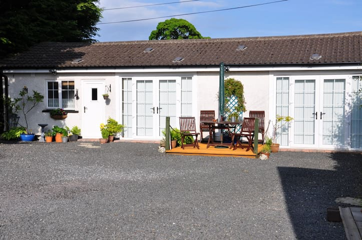 Greers Cottage is NITB ****  Rated / Self Catering - Ballyclare