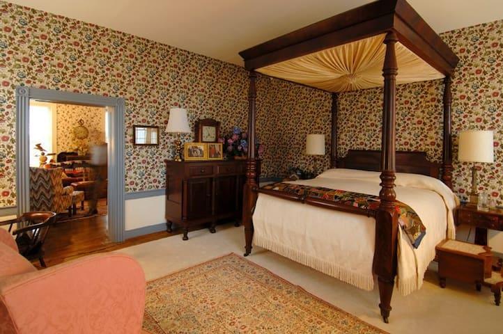 Historic Luxury Queen Rope Bed - Carlisle