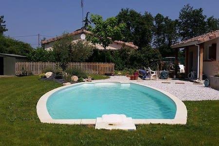 Sunny double room - Montauban