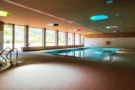 Luxury 1 + Pool + Sauna + Jacuzzi + Spa + Ginásio - Vila Nova de Gaia