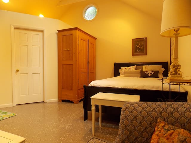 Comfy private studio - Indianapolis - Apartemen