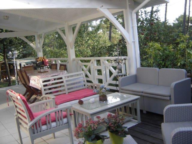 2 chambres d'hôtes à Maubuisson - Carcans - Dům