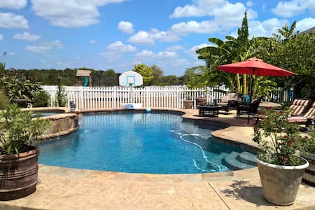 Kyle Retreat-Swimming pool/Spa - カイル - 一軒家
