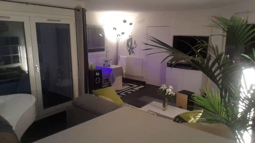 F3 moderne et calme à 25mn de Paris - Sarcelles - Apartment