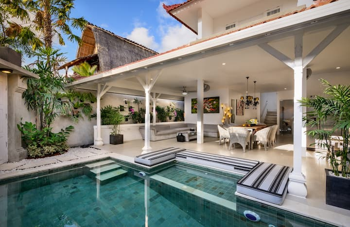Four Bedrooms Villa - 500 meters to Seminyak Beach