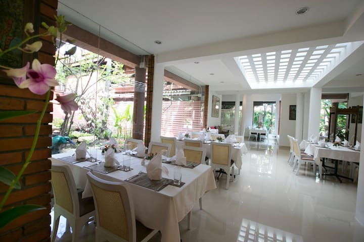 Tewa Boutique Hotel - Laksi - Bed & Breakfast